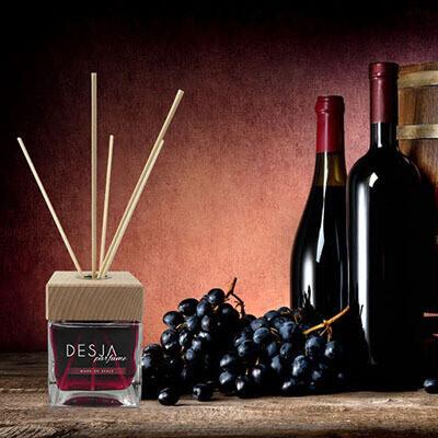 Profumatore ambiente di profumo al vino rosso con bastoncini