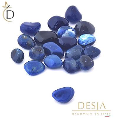 Variante della pietra preziosa agata: la pietra agata blu